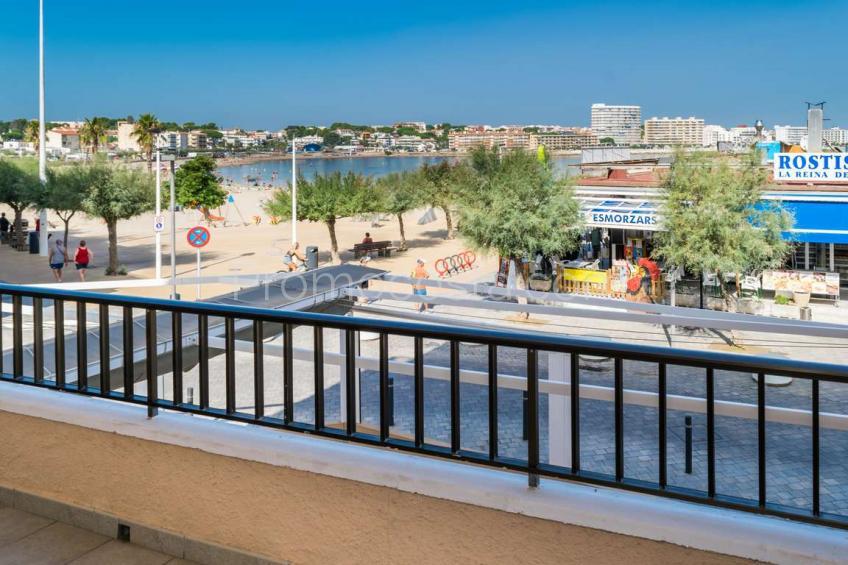 L'Escala, Apartamento con vista al mar a 20m de la playa
