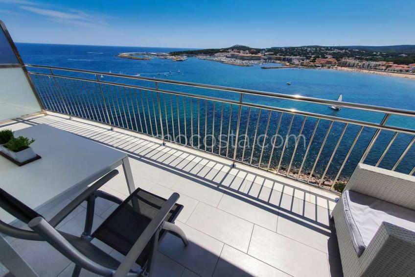 L'Escala, Apartamento con piscina y vistas panorámicas al mar