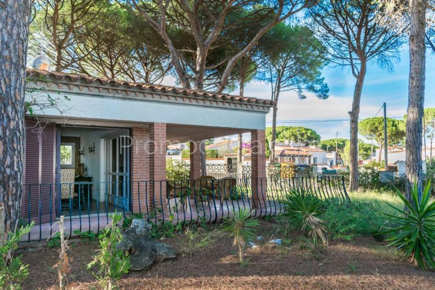 L'Escala, Casa independiente con jardín, cerca de la playa