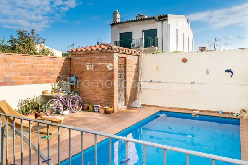 L'Escala, Casa con piscina privada cerca de los negocios