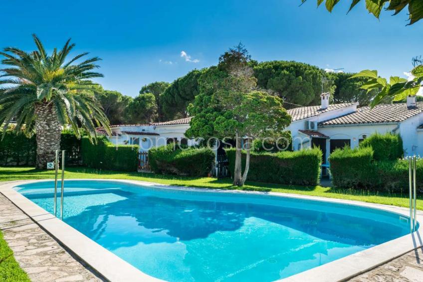 L'Escala, Casa con piscina comunitaria y 2 habitaciones