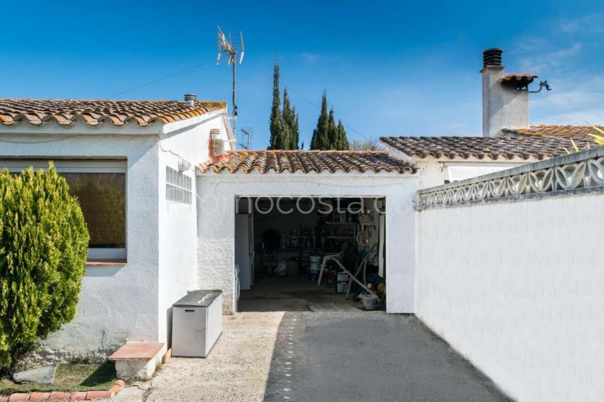 L'Escala, Casa independiente de planta baja en Ampurias