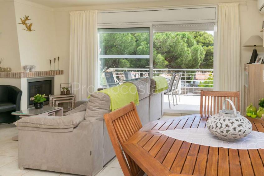 L'Escala, Bonita vivienda unifamiliar con vistas despejadas al bosque y al mar