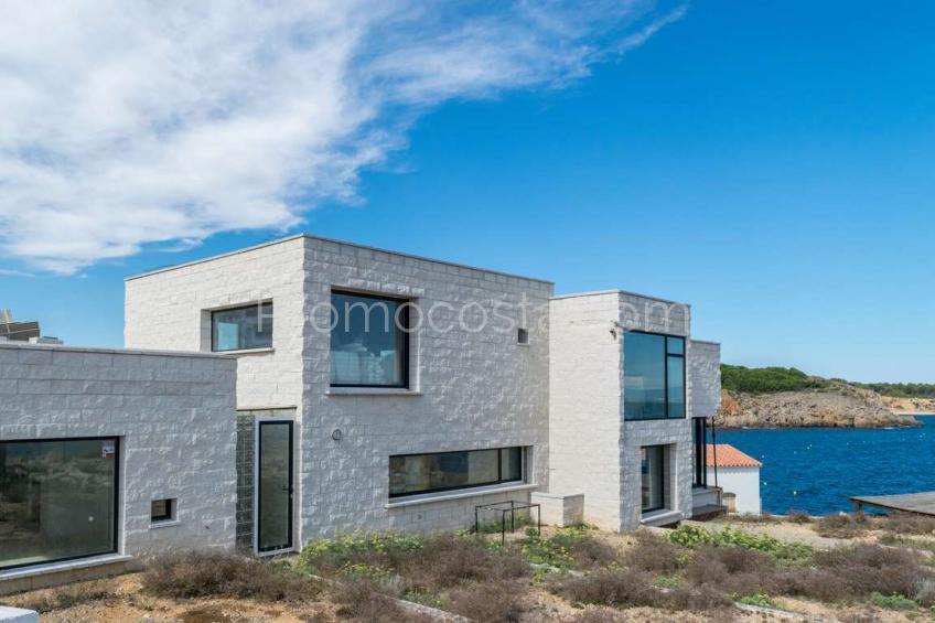 L'Escala, Fantàstica casa a Punta Montgó