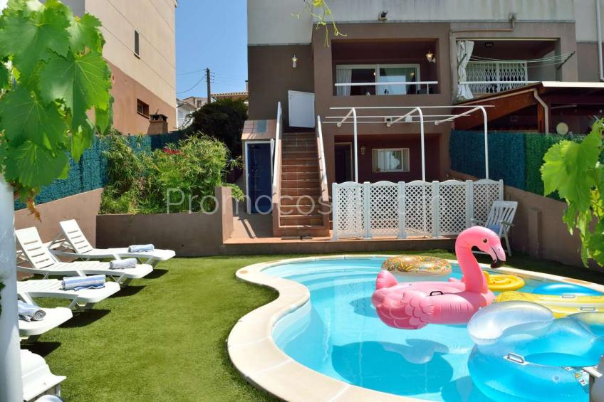 L'Escala, Spacieuse maison avec piscine privée et chauffage central