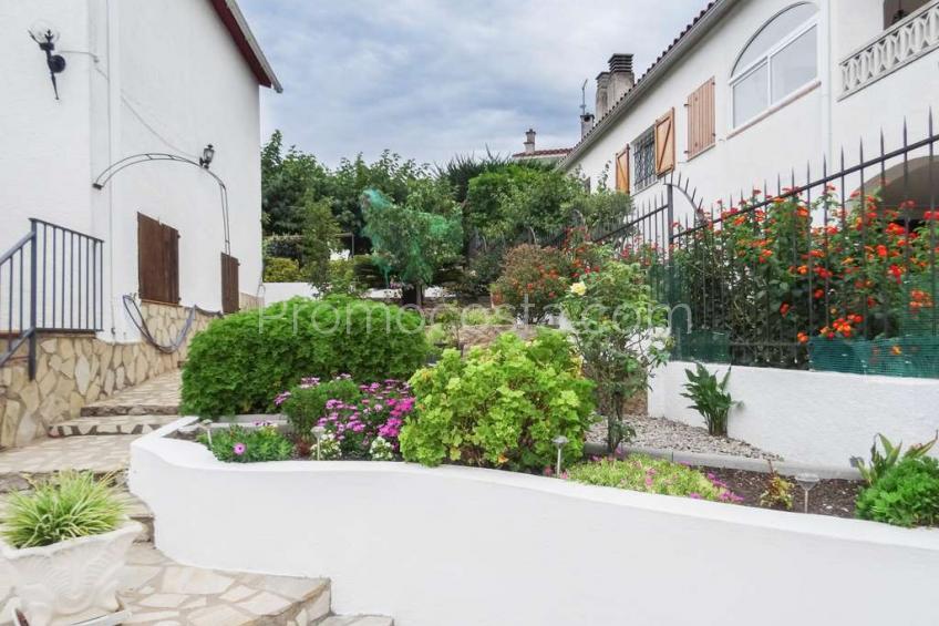 L'Escala, Casa independiente con jardín privado a 1300m de la playa de Riells