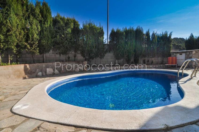 L'Escala, Casa independiente con piscina