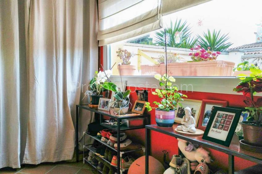 L'Escala, Casa de planta baja con jardín