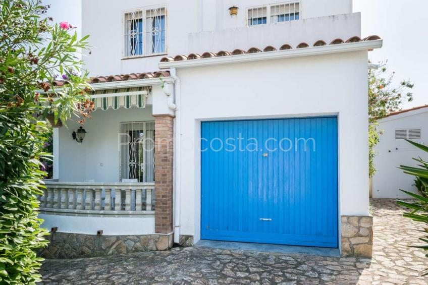 L'Escala, Casa independiente con piscina privada